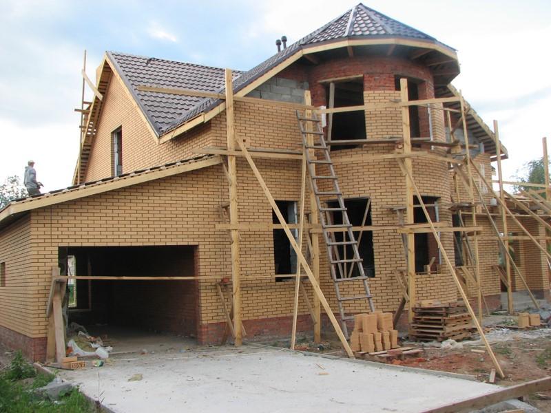 Использование материнского капитала на строительство дома своими силами.