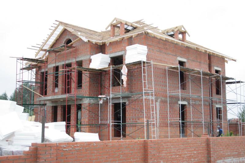 Можно ли материнский капитал потратить на строительство загородного дома?