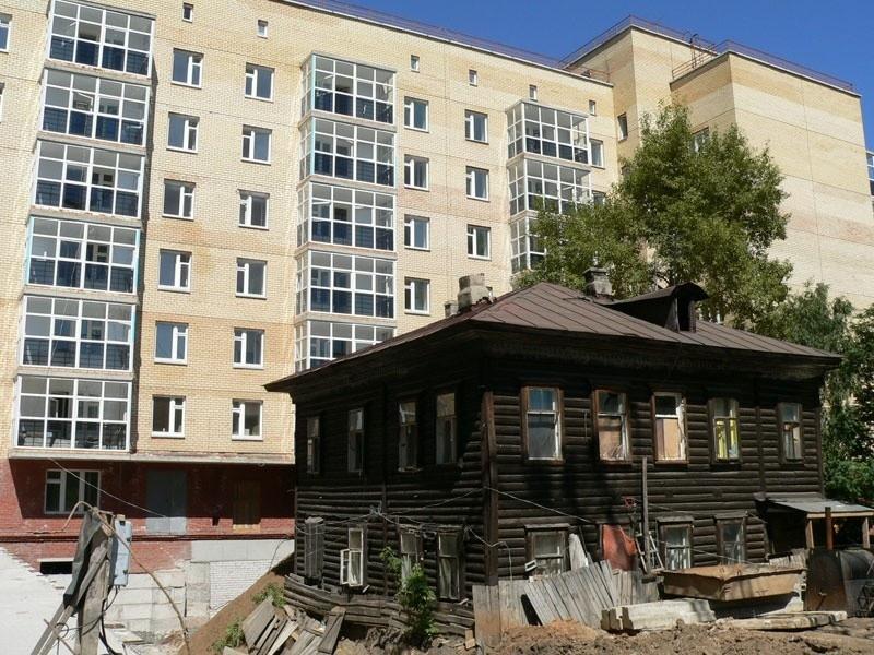 Как расселяют собственников ветхого и аварийного жилья?