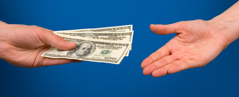 Передача денег при сделке